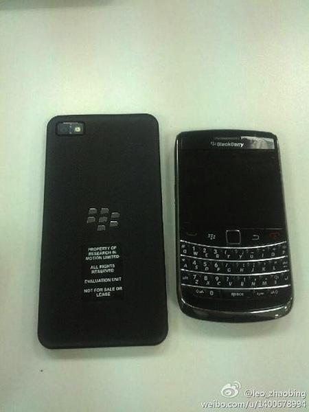 BlackBerry 10 L-Series comparado con Bold 9700