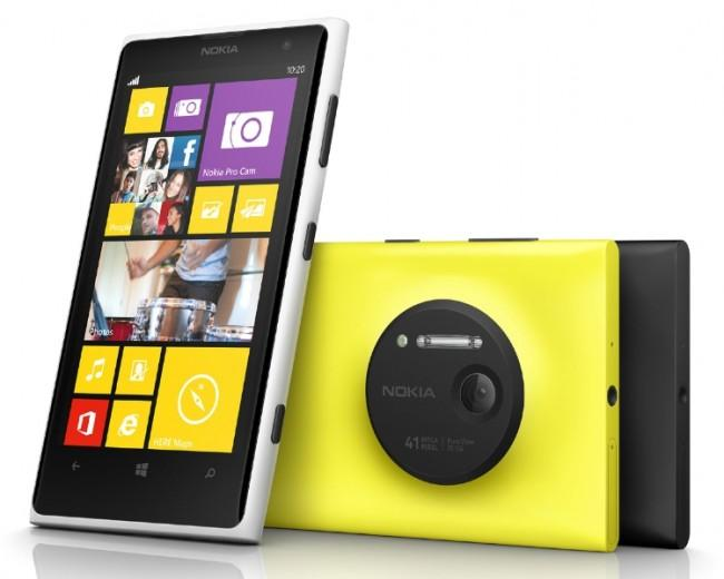 Nokia Lumia 1020 en color blanco y amarillo