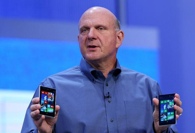 Steve Ballmer en una presentación de Windows Phone