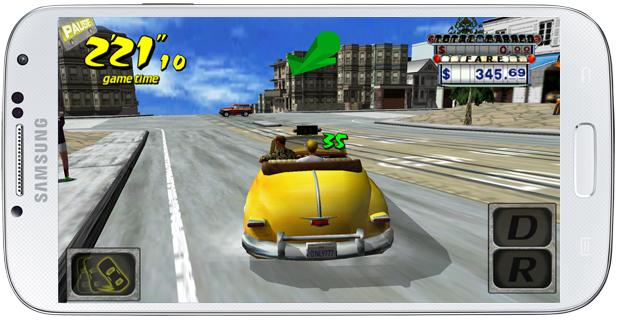Conduciendo en Crazy Taxi