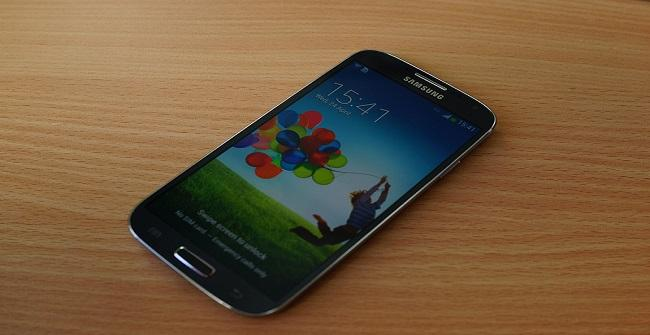 SAmsung Galaxy S4 para la noticia por Janitors CC Flickr