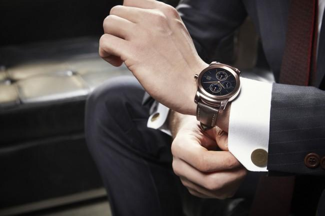 LG G Watch Urbane comparativa precios con Apple Watch.