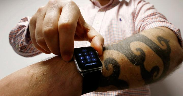 Apple Watch tatuajes.
