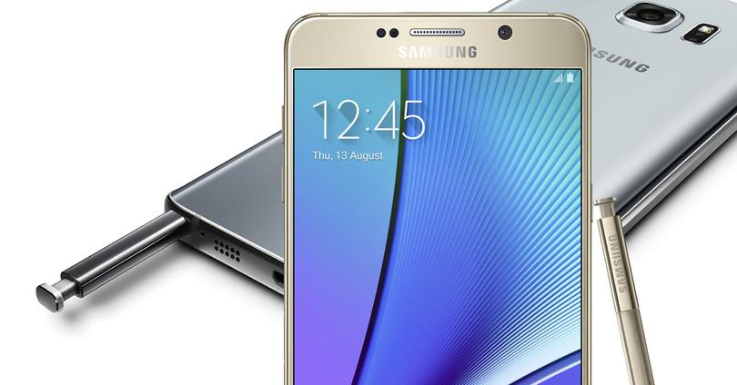 Samsung Galaxy Note 5 con lápiz y frontal