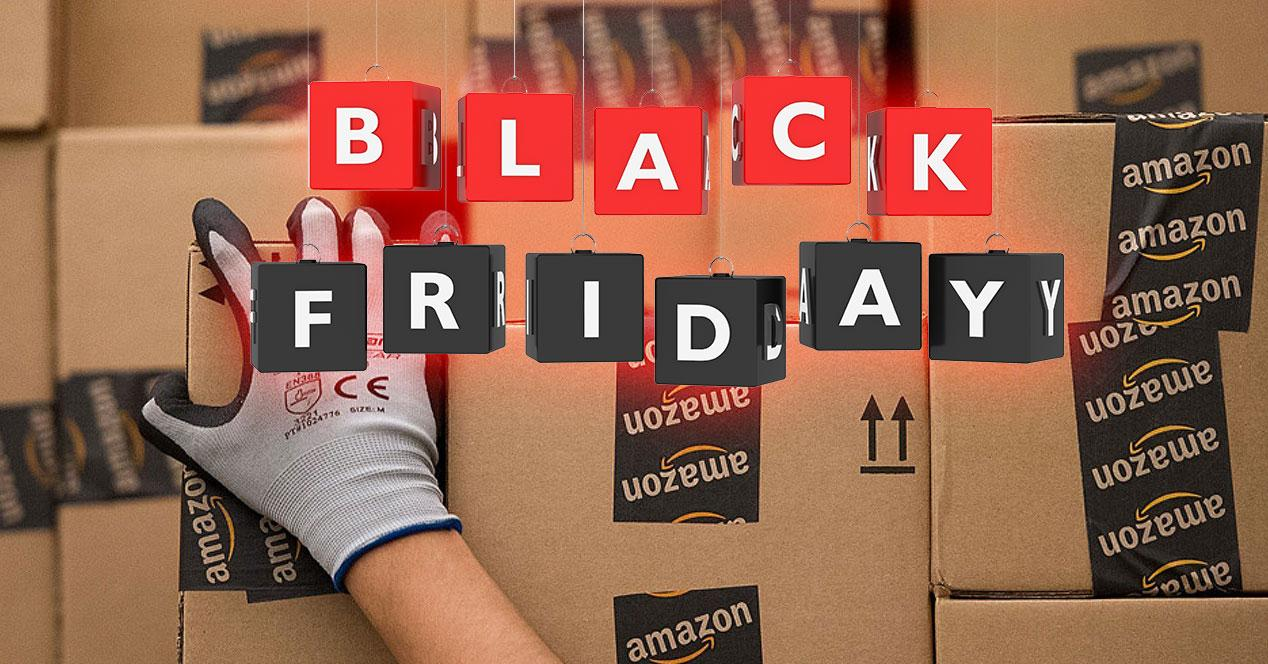 cajas Amazon con logo black friday