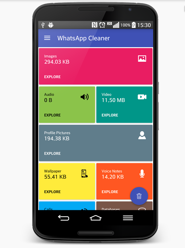 Móvil con WhatsApp Cleaner