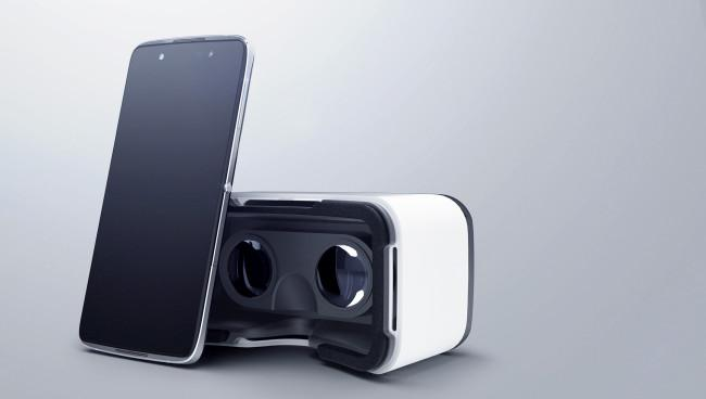 Alcatel Idol 4S con gafas de realidad virtual