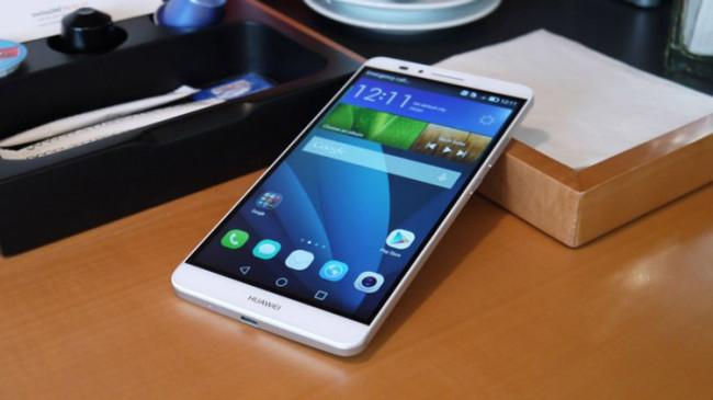 Huawei Ascend Mate 7 en color blanco