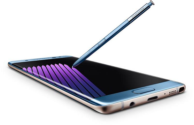 Samsung Galaxy Note 7 en color azul con S Pen