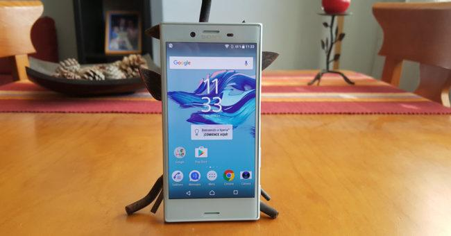 Imagen frontal del Sony Xperia X Compact