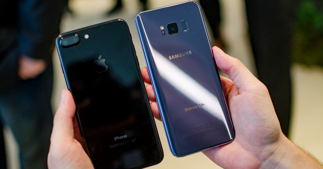 Samsung Galaxy S8 con el iPhone 7 Plus