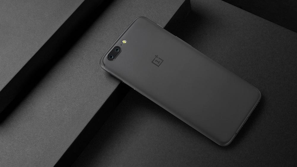 OnePlus 5 en color gris