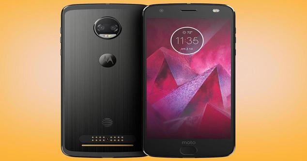 Moto Z2 Force Edition de frente