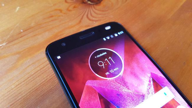 Calidad del panel del Moto Z2 Force