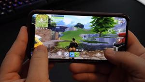 Comparan los gráficos de Fortnite en un iPhone X y la Xbox One X