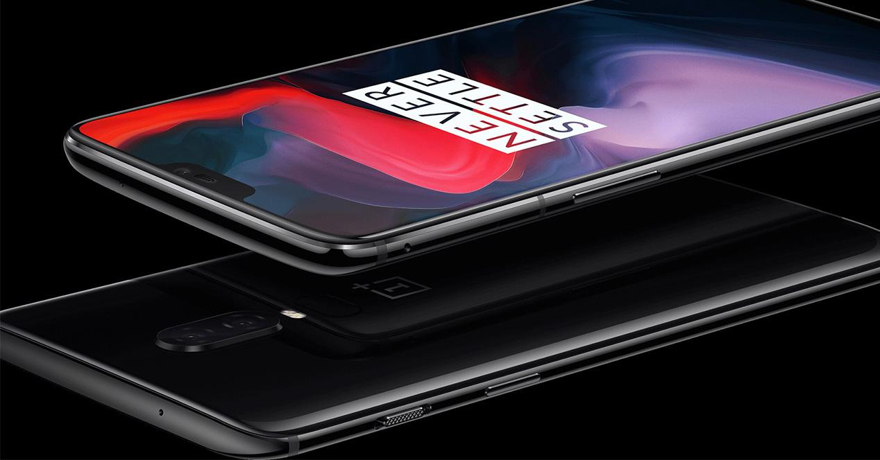 Frontal y trasera del OnePlus 6