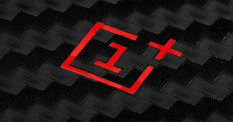 Logotipo de OnePlus en color rojo
