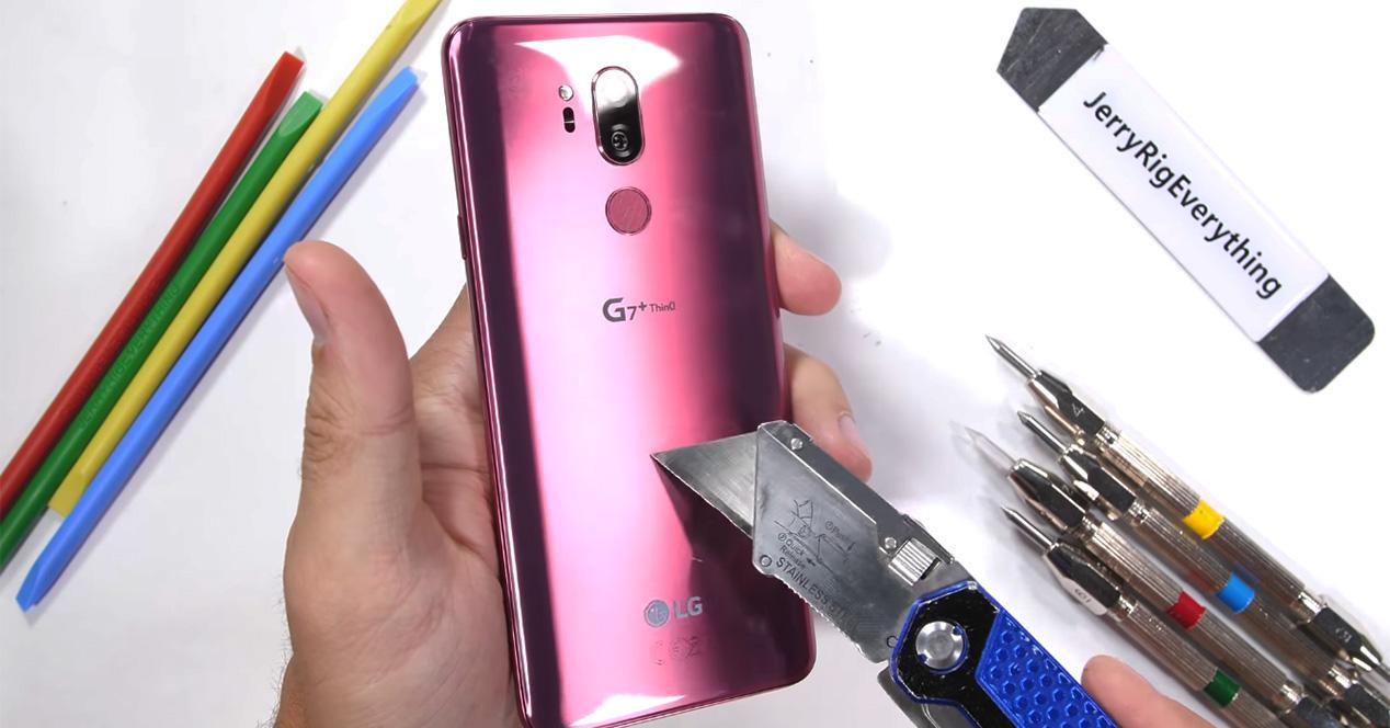 Test de resistencia del LG G7 ThinQ en vídeo