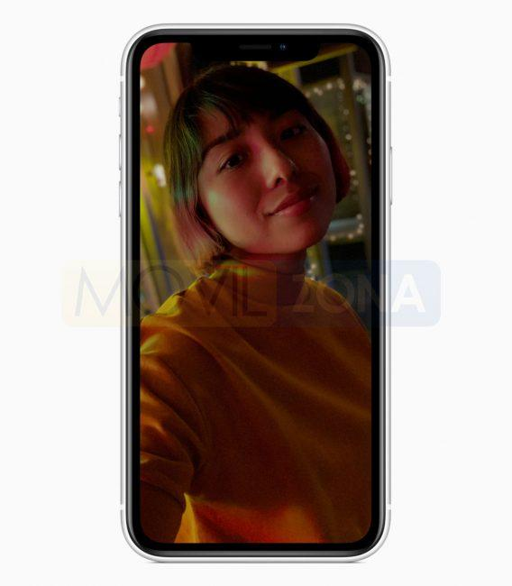 Apple iPhone XR mujer