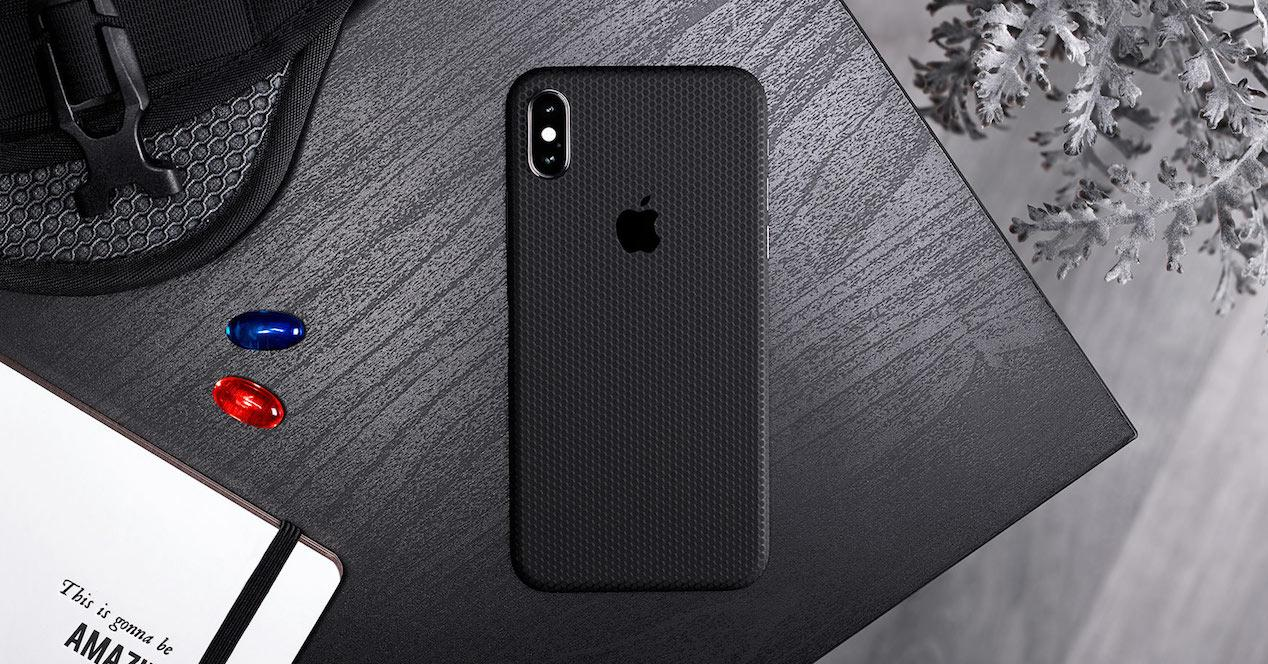 iphone xs funda negra