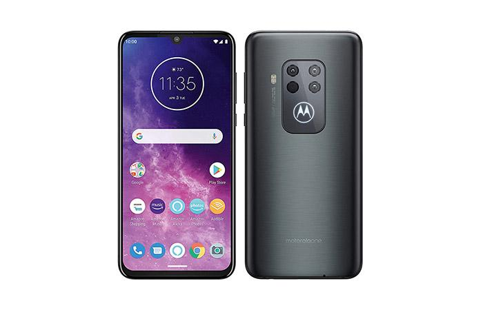 Frontal y trasera Motorola One Zoom