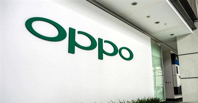 oppo logo en pared