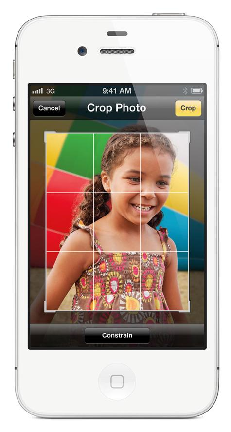 Apple iPhone 4S en color blanco, toma frontal