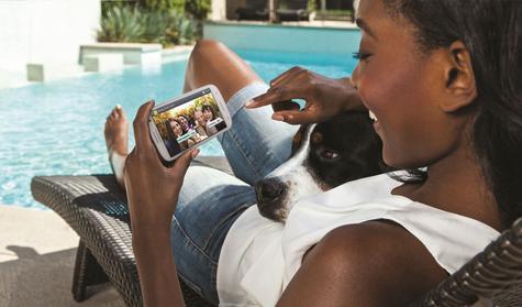 Samsung Galaxy S3 manteniendo sesión de chat
