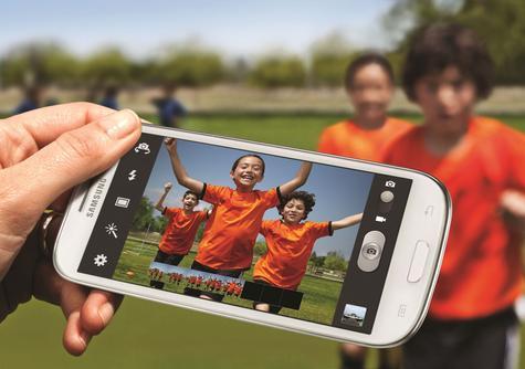 saSamsung Galaxy S3 realizando fotografía con la cámara