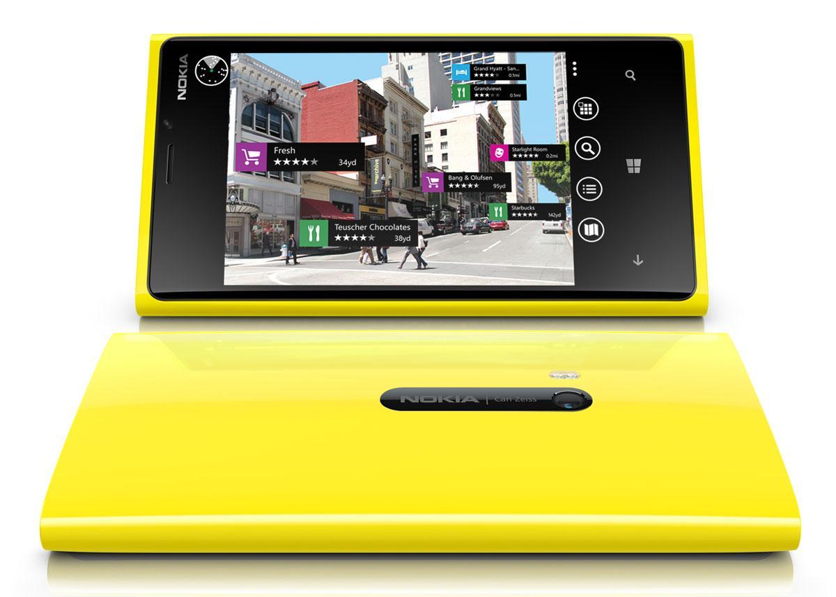 Nokia Lumia 920 en color amarillo