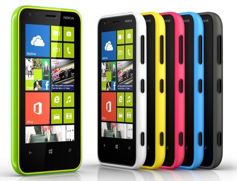Nokia Lumia 620 en varios colores