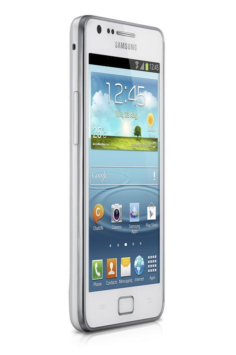 Samsung Galaxy S2 Plus de color blanco, vista lateral