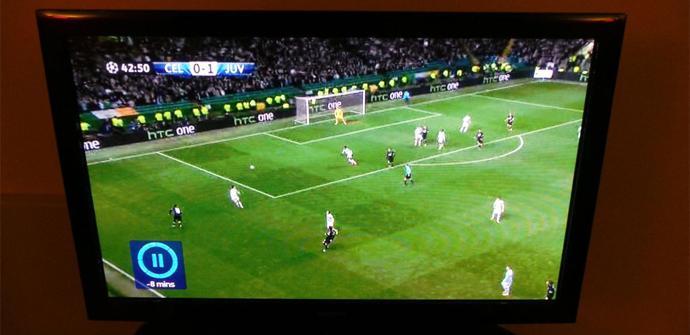 HTC One en partido Champions League