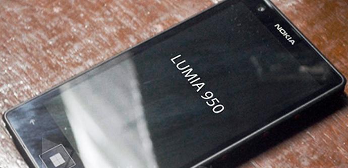 Imagen de un prototipo del Nokia Lumia 950