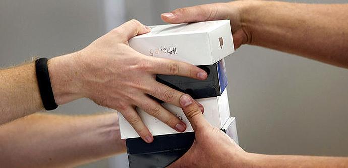 Apple mejora sus ventas pero no por el iPhone 5