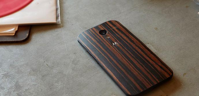 Motorola Moto X con carcasa de madera