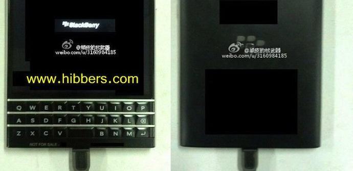 prototipo smartphone QWERTY BB10