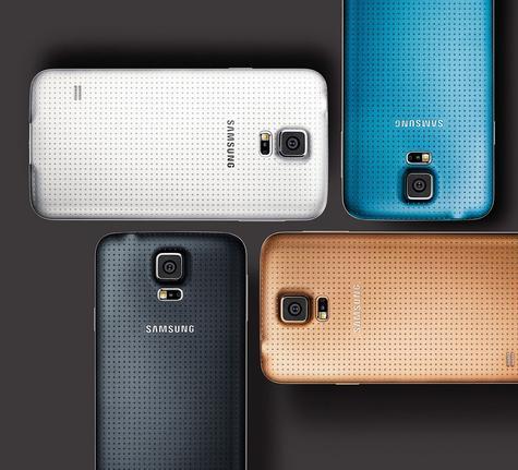Samsung Galaxy S5 en color blanco, azul, oro y negro