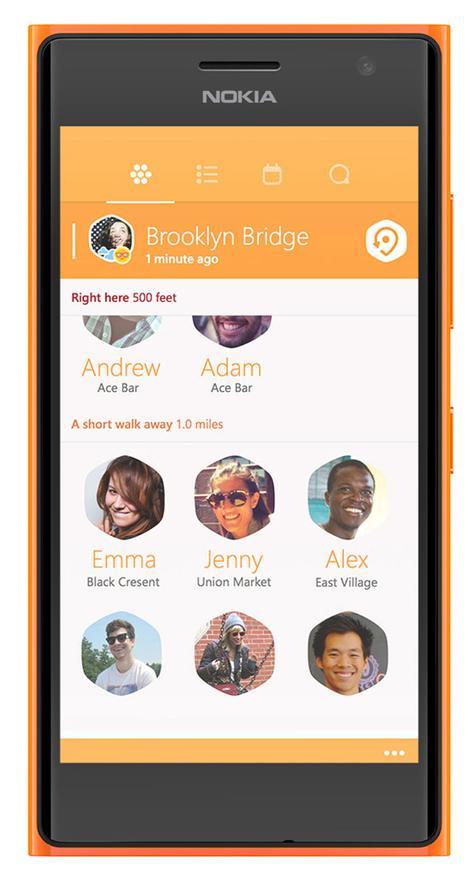 Nokia Lumia 735 en color naranja