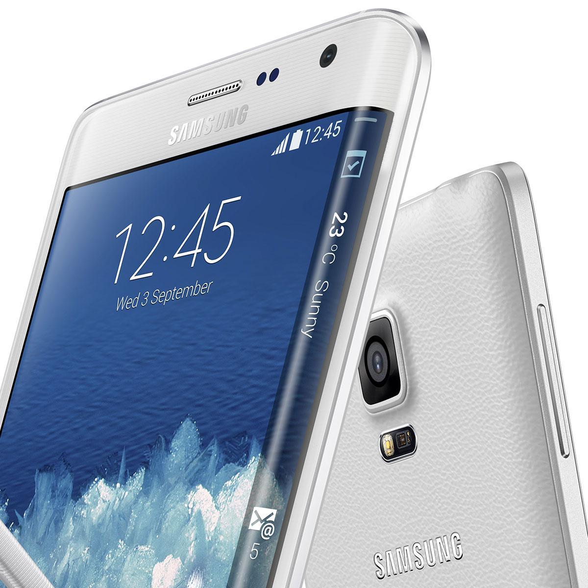 Detalles de la pantalla curvada y cámara trasera del Samsung Galaxy Note Edge