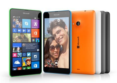 Nokia Lumia 535 en color azul o naranja