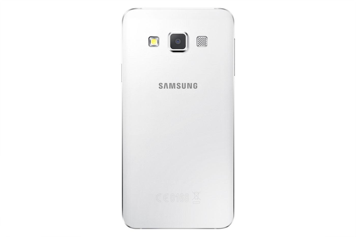Samsung Galaxy A3 en color blanco trasera y cámara