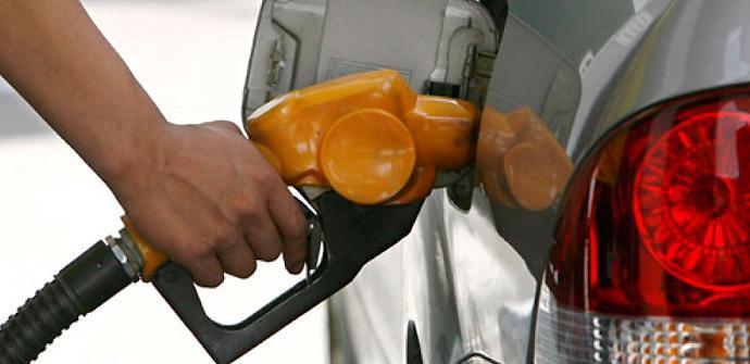 Google Now muestra las gasolineras.