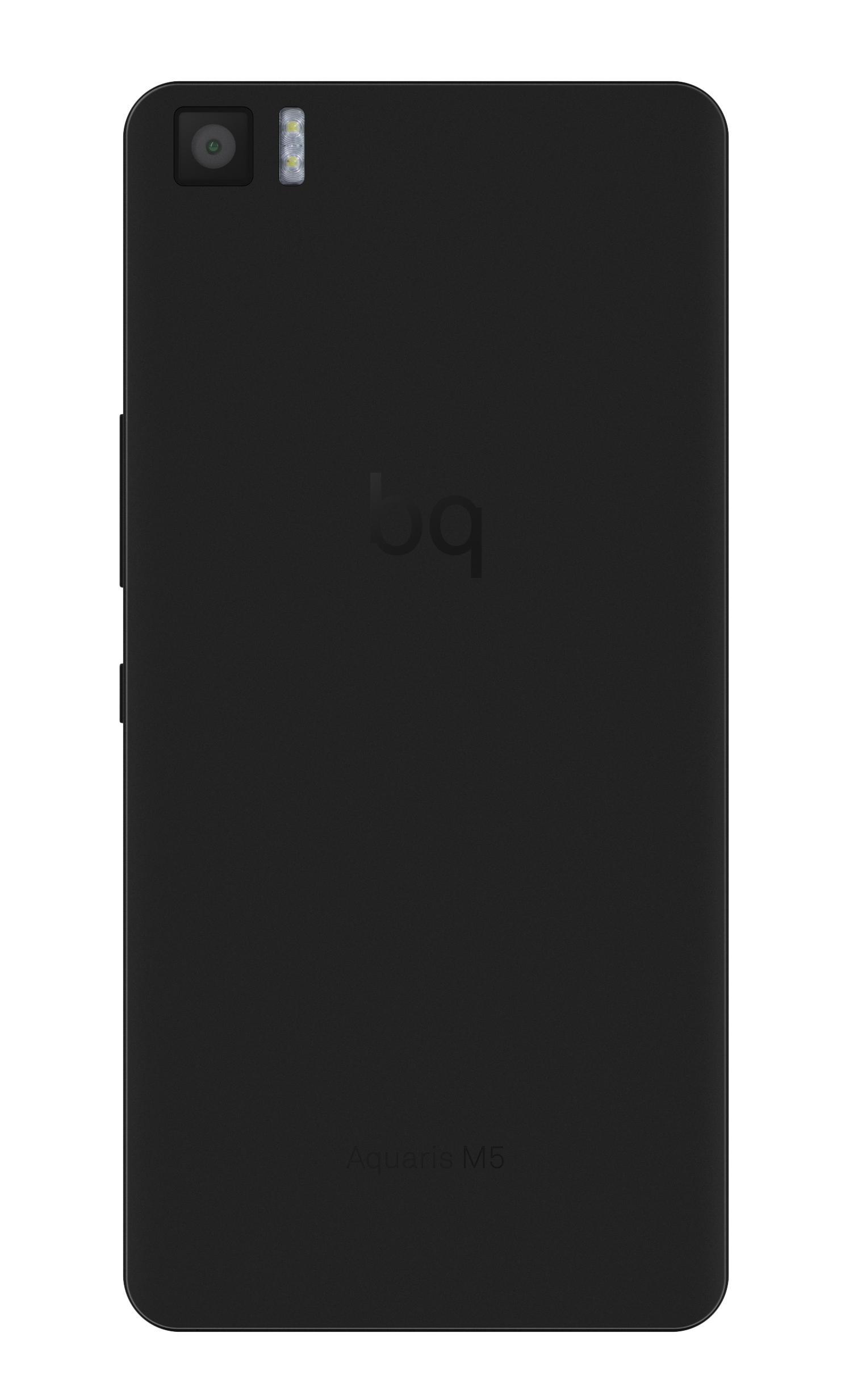 Bq Aquaris M5 en color negro vista trasera