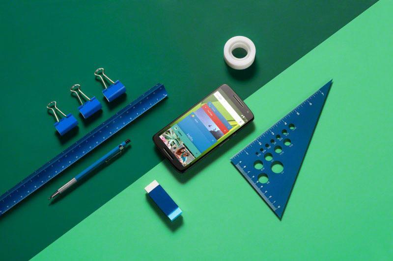 Motorola Moto X Play escuadra y goma de borrar