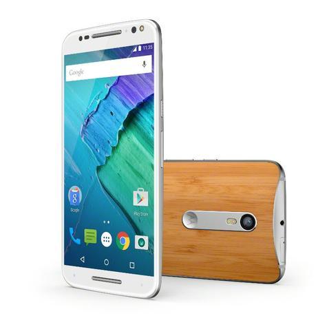 Motorola Moto X Style frontal blanco y trasera de madera