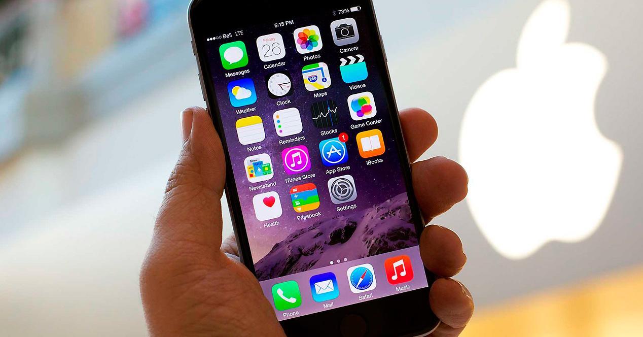 iPhone 6 Plus con iOS 8