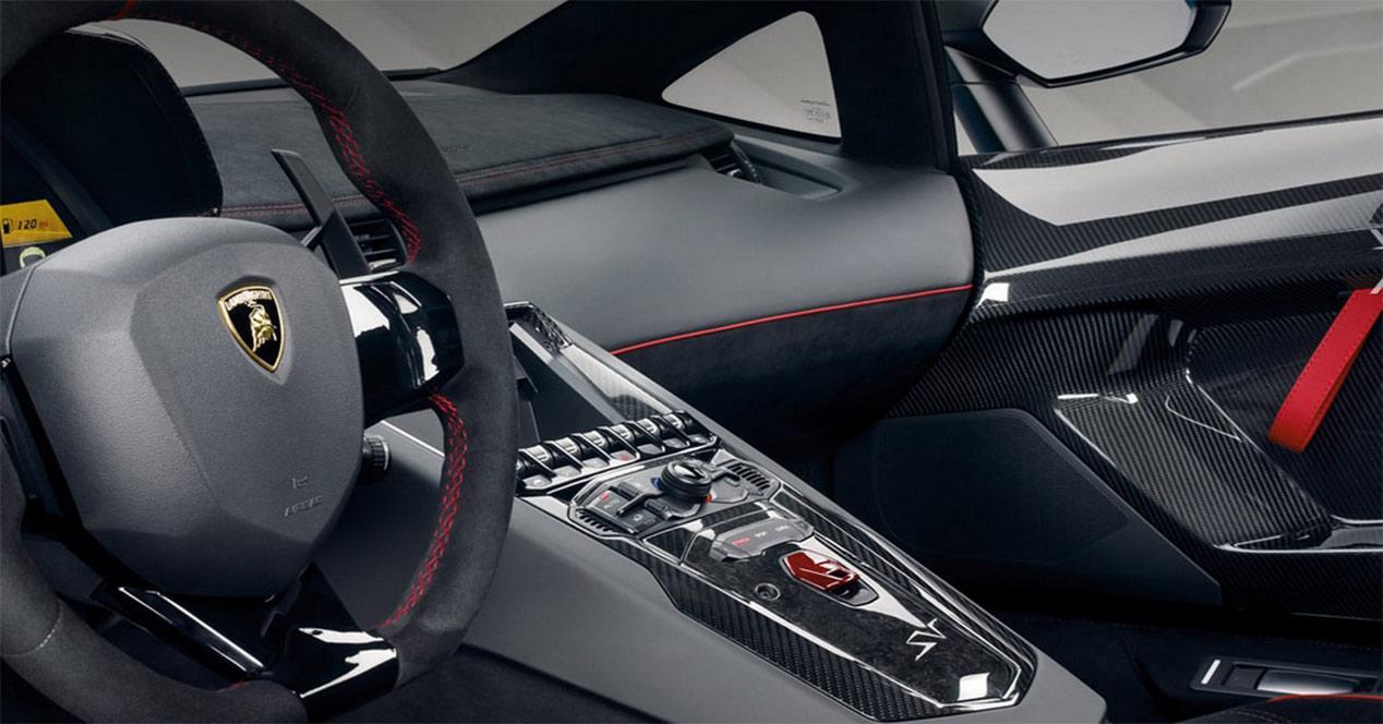 Diseño interior del Lamborghini Aventador