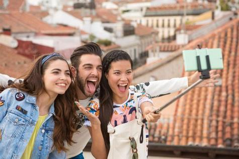 Sony Xperia C5 Ultra en modo selfie