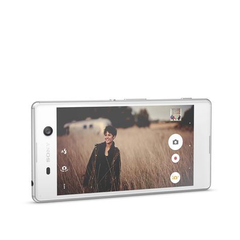 Sony Xperia M5 blanco en modo vídeo